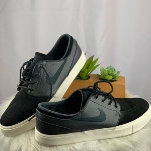 Nike Zoom Air Stefan Janoski - GREAT CONDITION!